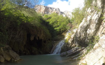 Canyoning in the Angouire valley in Moustiers-Sainte-Marie